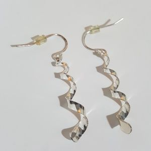 Jewelry - Shiny Glam Mirrored Silver Spiral Twist Earrings
